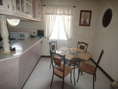 Barbados villa rental kitchen